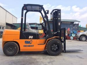 Xe nâng động cơ iSUZU tốp 1 Trung Quốc, số 10 thế giới