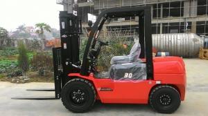 Xe nâng động cơ xinchia tốp 1 Trung Quốc, số 10 thế giới