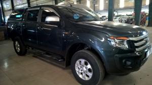 Xe gia đình bán giá rẻ - Ranger XLS 2014 MT -...