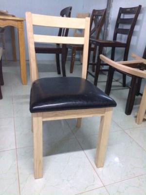 Thanh lý số lượng lớn ghế gỗ cao su nhà hàng quán ăn
