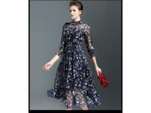 Đầm voan họa tiết phong cách