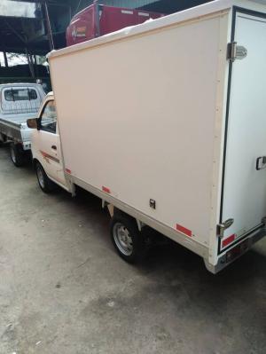 Mua xe trả góp - Xe tải nhẹ Dongben thùng kín 770kg