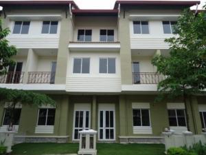 Cho thuê nhà phố đẹp tại The Oasis, KDC Việt Sing Bình Dương