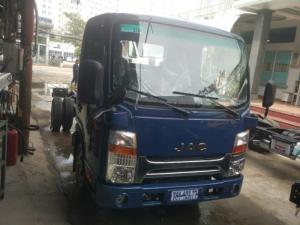 Bán xe tải jac hfc 1030k4 thùng dài 3m7 hỗ trợ trả góp 100%