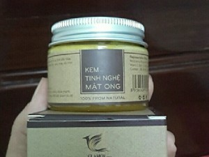 Kem tinh nghệ mật ong