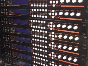 Vang số x6 tuyệt vòi với vang số có cổng quang đồng trục thích hợp cho TV thế hệ mới