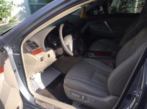 Bán TOYOTA CAMRY 2.4G sản xuất 2010, màu xám xe chính chủ