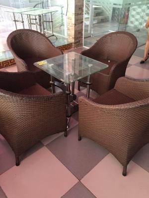 Cần thanh lý ghế cafe, sofa, kiểu sang trọng chất liệu nhựa giả mây dùng cho quán cafe