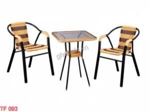 Bộ bàn ghế cafe Tình trạng : Hàng mới 100% hàng tồn kho nên lấy giá rẻ