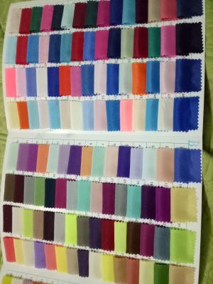 Công ty vải chuyên bán buôn bán lẻ có thể gửi mẫu đặt hàng