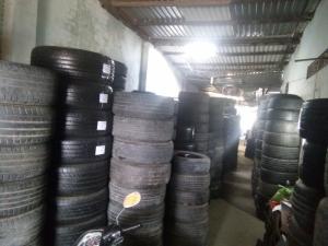 Vỏ xe ôtô cũ (lốp lướt) 60-70-95%
