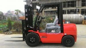 Bán xe nâng tại Đà Nẵng, bán xe chuyên dụng xe xây dựng