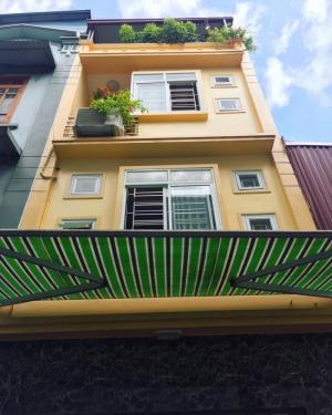 Bán nhà 4 tầng phố Thiên Lôi, dt 40m2, hướng Đông Nam, giá 1,7 tỷ