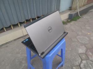 Dell vostro v131, intel core i3 2310m, vỏ nhôm, laptop doanh nhân