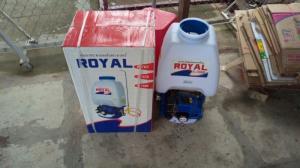 Máy phun thuốc trừ sâu Royal