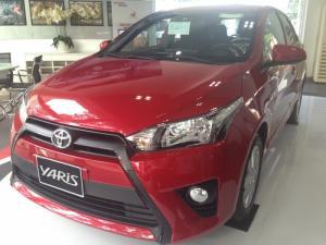 Khuyến Mãi Toyota Yaris 1.5G 2017 màu Đỏ nhập khẩu Mua Trả Góp chỉ cần 200Tr. Xe Giao Ngay