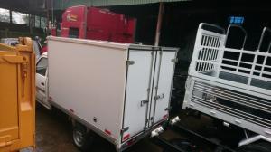 Dongben 770kg thùng kín màu bạt
