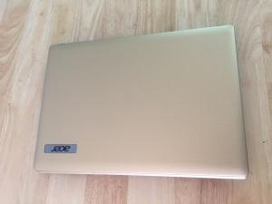 Laptop Acer 4739 , i3 2G, 250G, màu gold like new zin 100%