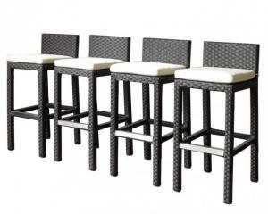 Bàn, ghế gỗ  khung sắt, nhôm được sơn tĩnh điện đảm chắc lượng