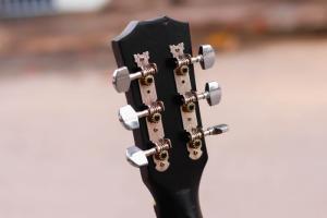 Đàn guitar giá rẻ