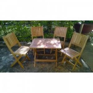 Bàn ghế gỗ thông dụng giá rẻ nhất
