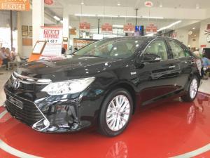 Toyota Camry 2017 tự động