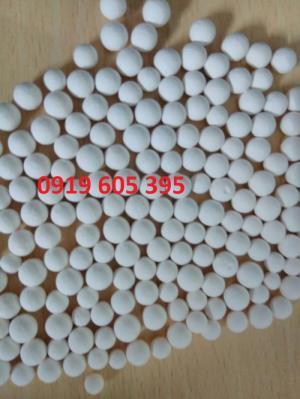 hạt hút ẩm alumina activated size: 3/16'' sản xuất tại USA Đóng gói: 22,7 kg/ bao