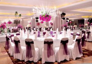 Bàn ghế nhà hàng tiệc cưới rất nhiều mẫu mới