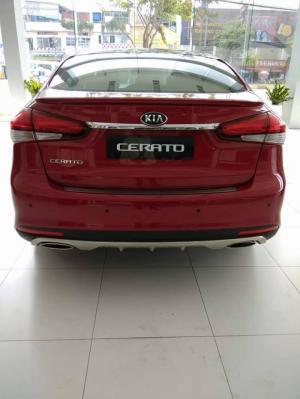 Khuyến mãi mua xe Kia Cerato 2017