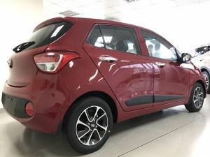 Bán xe Hyundai i10 1.0 AT đời 2017 nhập khẩu nguyên chiếc