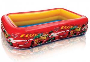 Bể bơi phao INTEX 57478 được thiết kế dành cho cả gia đình bạn với chiều dài 262cm,chiều rộng 175 cm và chiều cao 56 cm với công suất 749 lít.