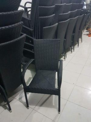 Cần bán gắp 200 ghế diana hai màu đen sám..