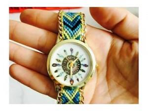 Đồng hồ thổ cẩm