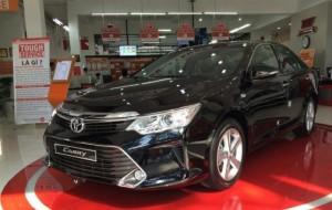 Toyota Camry 2.5Q, số tự động, giao xe ngay