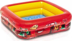 Bể bơi hình vuông, in hình nhân vật hoạt hình ô tô Cars nổi tiếng được các bé vô cùng yêu thích, màu sắc nổi bật, bắt măt . Đáy 2 lớp bơm hơi êm ái.