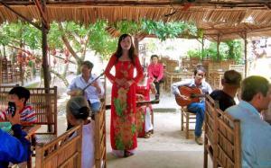 Tour Tiền Giang - Bến Tre tát mương bắt cá - DL Việt Nhật