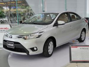Khuyến mãi mua xe Toyota Vios chạy dịch vụ