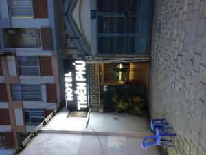 Bán khách sạn , mặt tiền võ văn kiệt , quận1