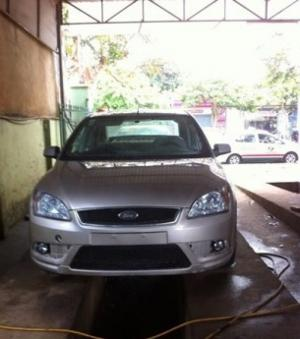 Xe Ford Focus 2008 mới 90%.