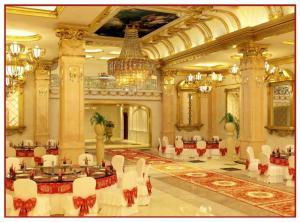 Bán gấp tòa nhà 8 tầng Nhà hàng- Hội nghị-...