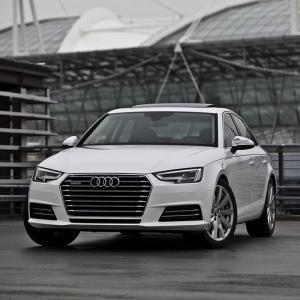 Bán xe sang Audi A4 nhập khẩu đà nẵng, khuyến mãi lớn trong tháng 10