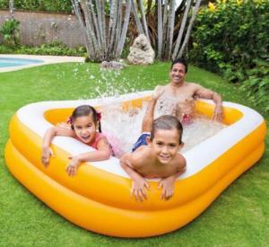 Bể bơi Intex 2 tầng với màu cam tươi mát, kích thước phù hợp, thành bể dày dặn, có thể sử dụng cho cả gia đình.