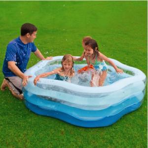 Bể  bơi phao gia đình ngũ giác có hình 5 cạnh, sau khi bơm có kích thước Dài, Rộng, Cao = 1m85 x 1m80 x 53 cm.