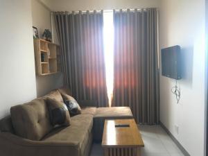 Cần bán căn hộ đẹp mã căn CT-1421 sáng mát cả...