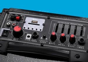 Có chế độ equalizer 5 kênh điều khiển.