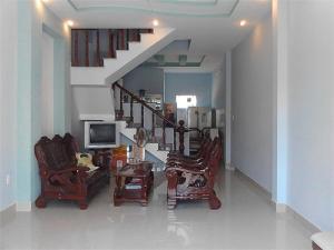 Nhà Lầu, Q12, 1 Khách, 3 Pn, 2 Wc, Bếp Giếng Trời, Shr Chính Chủ