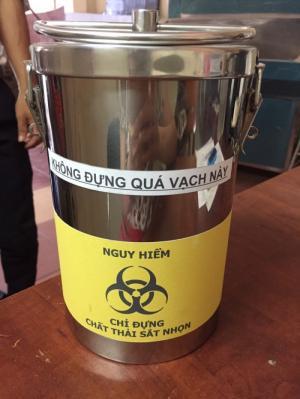 Hộp inox đựng chất thải sắt nhọn y tế