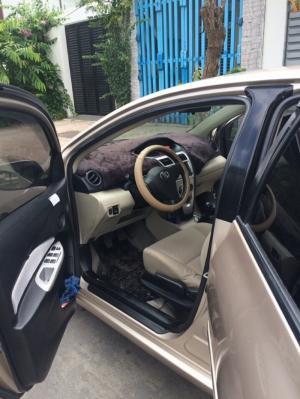 Cần bán Toyota Vios 2010 số sàn, xe nhà còn Zin 90%