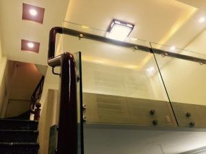 Bán nhà phố Xuân Thủy 5 tầng, 35m2 ,...