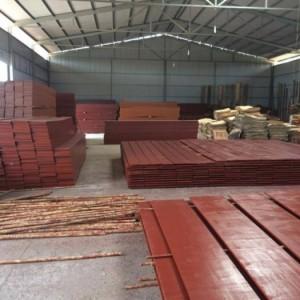 Sản xuất và bán các loại ván ép coppha: Coppha phủ phim, phủ keo, ván đỏ 3,5m và ván đỏ 4m. Giao Hàng toàn quốc